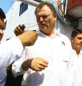 Rechaza PRI relevo de Ochoa Reza