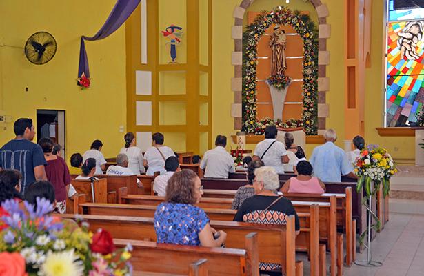 Celebran a San Antonio de Padua