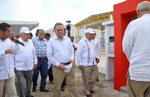Descubren yacimientos petroleros en Tabasco