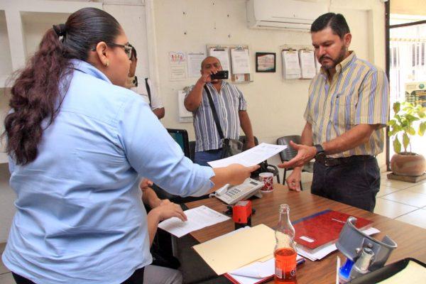 Presenta Nicolás Bellizia queja contra SS y Centro ante la CEDH