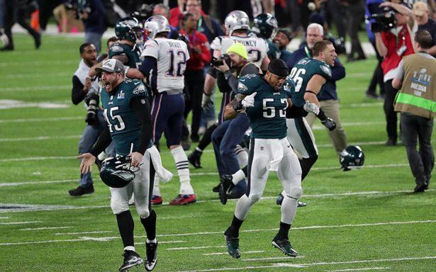 ¡Vuelan a la gloria! Águilas de Filadelfia vencen a los Patriotas y logran su primer Super Bowl