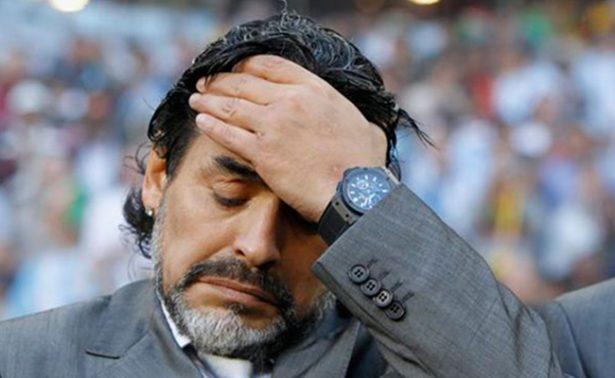 """Califica Maradona de """"incoherente"""" anulación de sanción a Messi"""