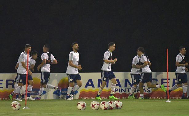 Paraguay enfrenta a los ecuatorianos en Asunción