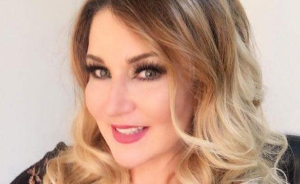 Reaparece Alicia Villareal y asegura que prepara nuevo disco