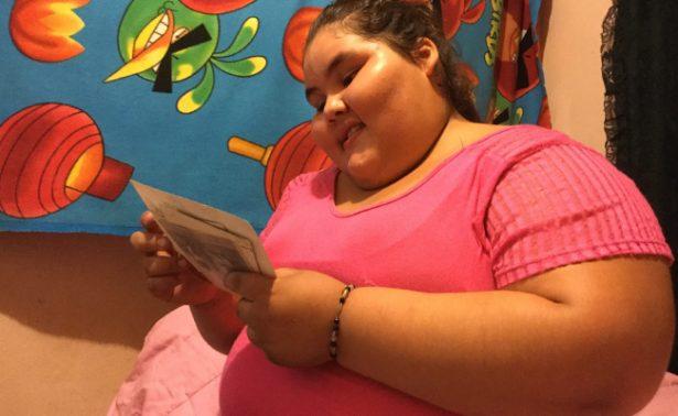 Adolescente baja 90 kilos de peso para festejar sus XV años