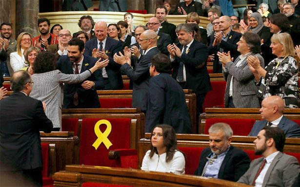 Independentistas retoman el Parlamento de Cataluña