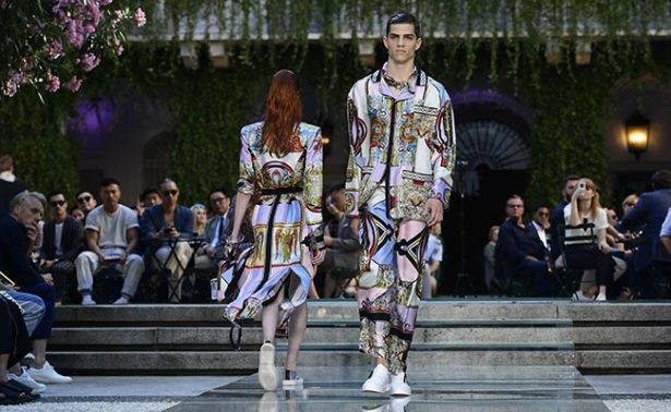 Versace rinde homenaje  a Gianni