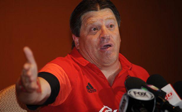 """Por grosero, suspenden al """"Piojo"""" Herrera"""