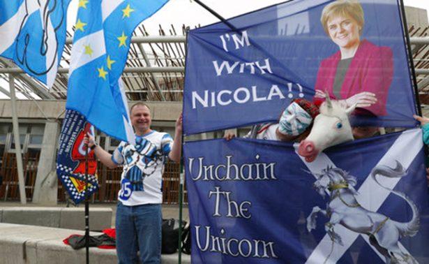 Parlamento de Escocia debate sobre nuevo referéndum
