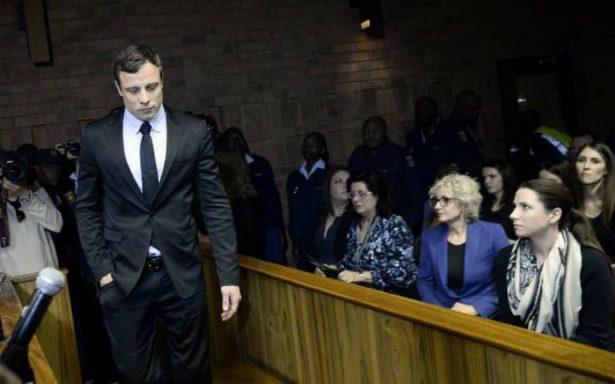 Familia de Pistorius demanda a autores de película sobre el atleta paralímpico