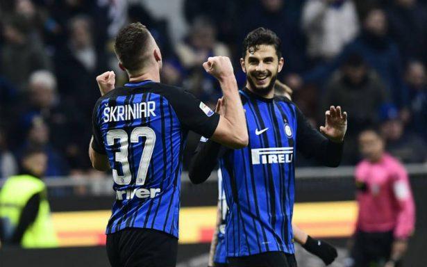 Inter de Milán alcanza la cima tras doblegar al Chievo 5-0