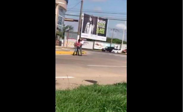 Despiden a #LordFuncionario por agredir a niño que vendía en la calle