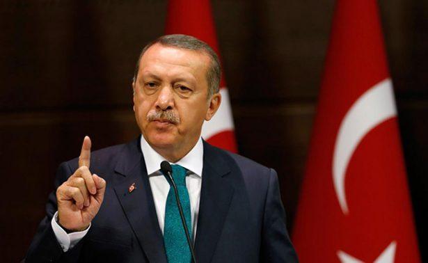 Acusa Erdogan a Angela Merkel de apoyar el terrorismo
