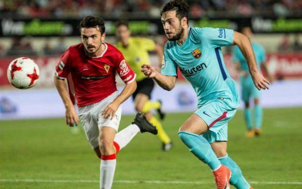 Barça comienza la defensa del título con más goles que juego