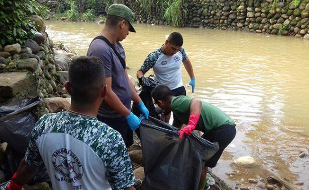 Recolectan siete  toneladas  de basura en río de Tapachula