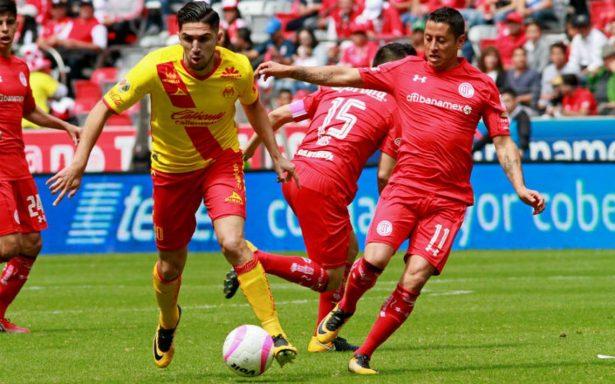Con final polémico, Morelia le pega 1-0 a Toluca y acaricia la Liguilla