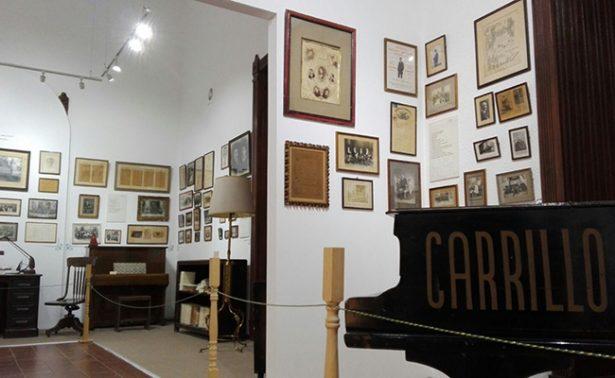 Exhiben pianos, estudio y secretos del compositor Julián Carrillo