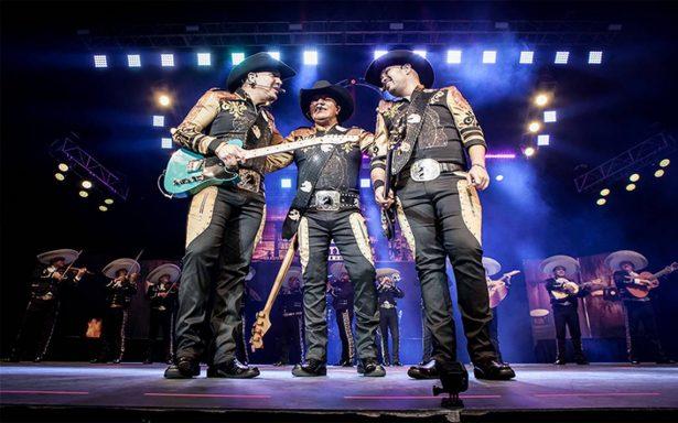 Bronco hace cimbrar el Auditorio Nacional con su música