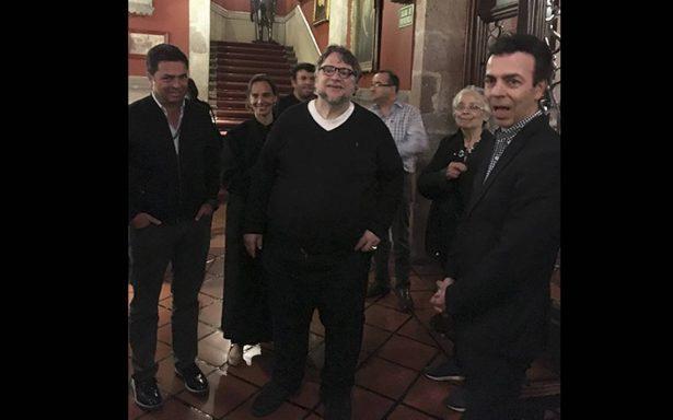 Guillermo del Toro produce documental sobre Ayotzinapa