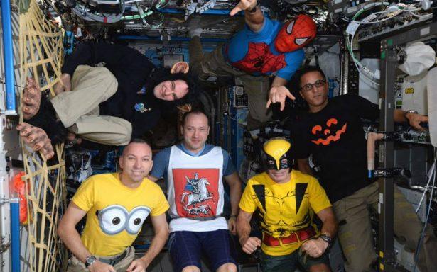 'Nadie quiere ser astronauta', así viven el Halloween en la EEI