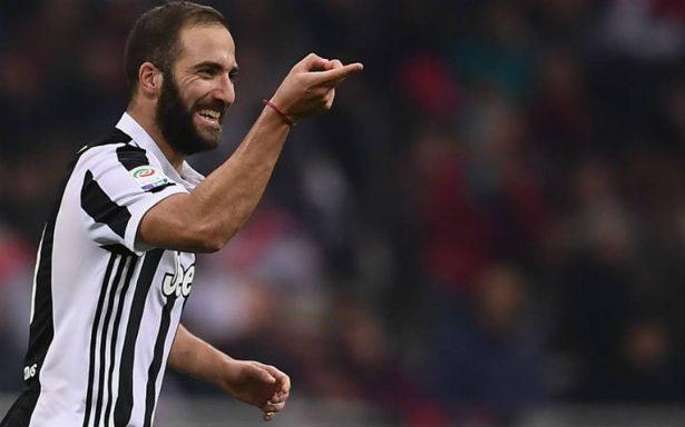 """Con doblete de Higuaín, Juventus es líder """"temporal"""" en Serie A"""