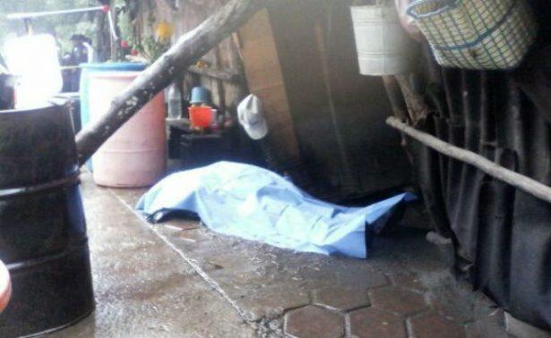 Cae rayo en vivienda de Tlaxcala y mata a un campesino