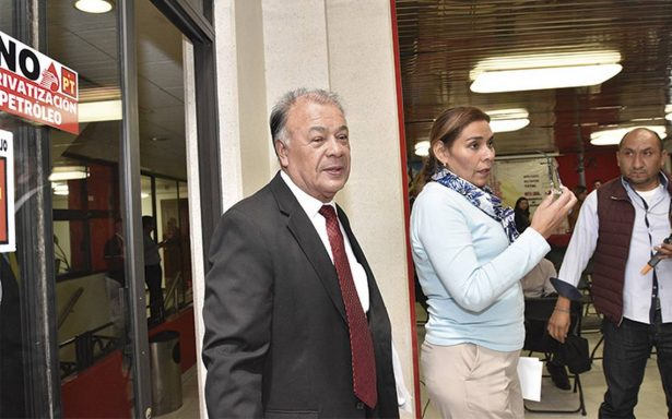 Marchan afiliados del PT por esposa de Alberto Anaya