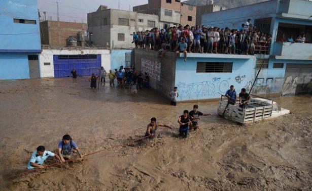 Colombia ofrece ayuda a Perú ante tragedia por lluvias