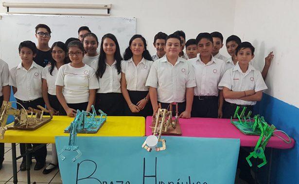 Alumnos de Tapachula crean dispositivos electrónicos con desechos