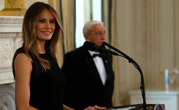 En el Día Internacional de la Mujer, Melania Trump dirige su primer evento como primera dama