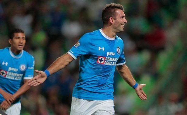 Hat-trick de Cauteruccio catapulta a Cruz Azul a semifinales