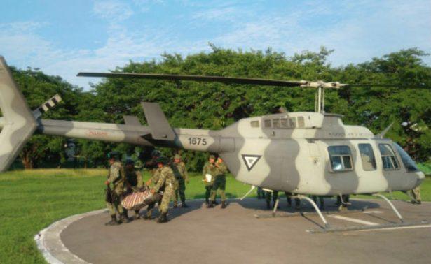 Mueren dos soldados arrastrados por alud en Guerrero