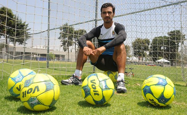 Oswaldo Alanís espera que Chivas recupere la grandeza