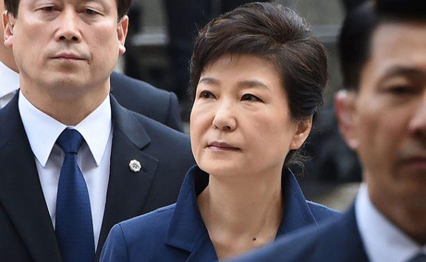 Park Geun-hye expresidenta surcoreana es arrestada por escándalo de corrupción