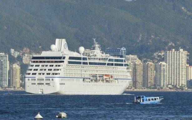 Arriba crucero a Acapulco con 998 pasajeros