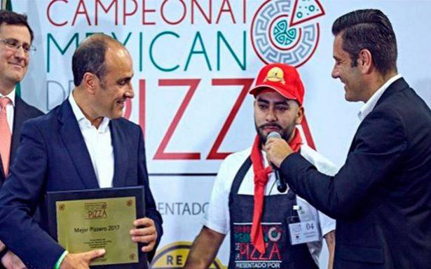 Él es el mejor pizzero de México y va por el campeonato mundial