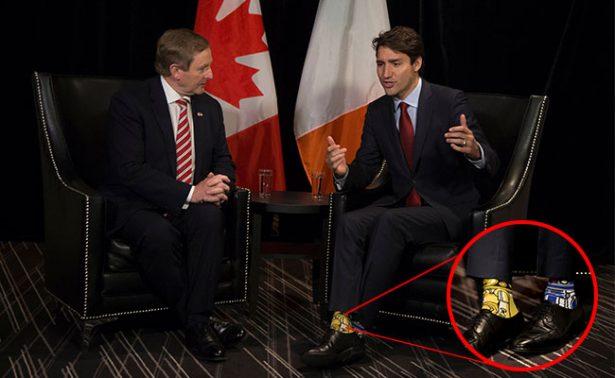 ¡Sale el lado nerd de Trudeau con calcetines de Star Wars!