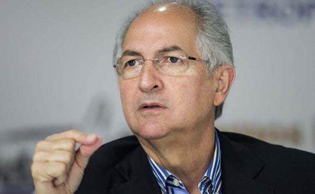 Opositor venezolano Antonio Ledezma vuelve a prisión domiciliaria