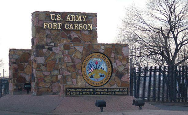 Reabren base militar Fort Carson tras tiroteo; hay una persona detenida