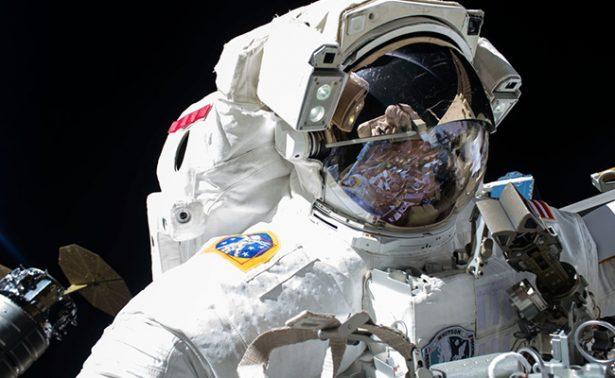 Planea la NASA caminata de emergencia en la Estación Espacial Internacional