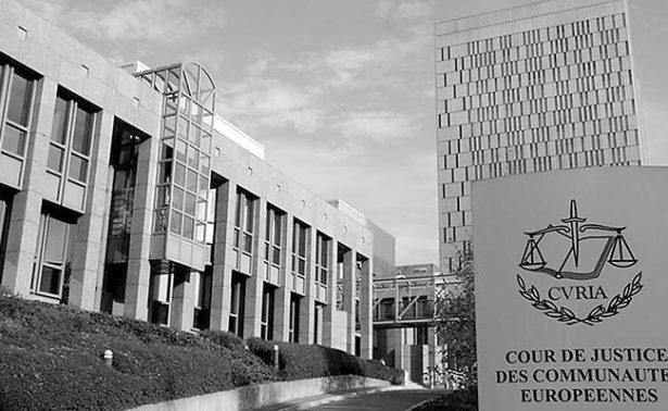La banca española deberá devolver 4 mil mde por hipotecas abusivas