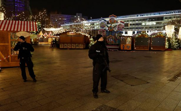 Tras ataque, mercado Navideño de Berlín reabre sus puertas