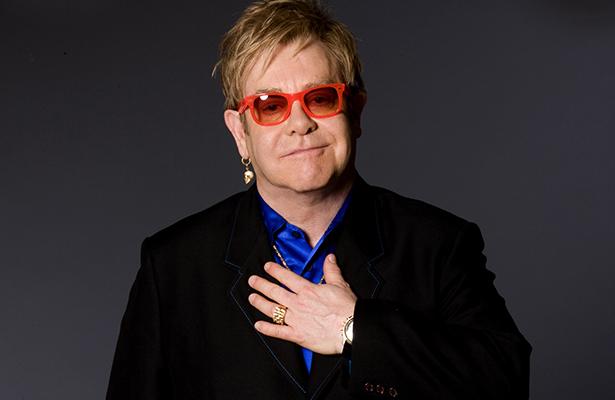 """Elton John inaugurará el hotel """"con las peores vistas del mundo"""""""