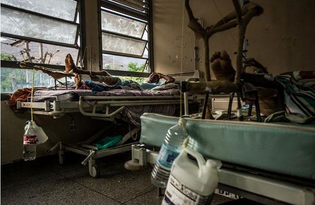Maduro despide a ministra de Salud por informar aumento de mortalidad materna