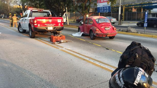Muere hombre atropellado por tres vehículos