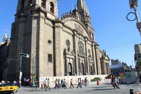 Resistió estoica Catedral el paso de La Tapatía