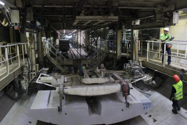 Pasó la tuneladora por debajo de la Catedral sin generar daños: Siteur