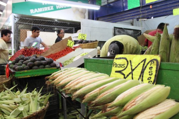 Mercado de Abastos mantiene precios pese a gasolinazo