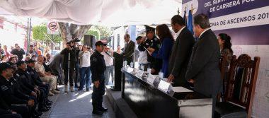 Dan ascenso a policías de Tlaquepaque