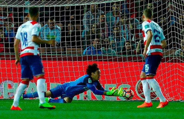 Atlético vence 1-0 a Granada